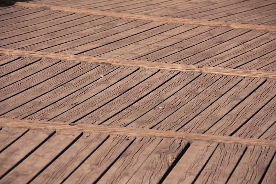 Suelo madera exterior good suelo exterior madera de teka - Suelo exterior madera ...